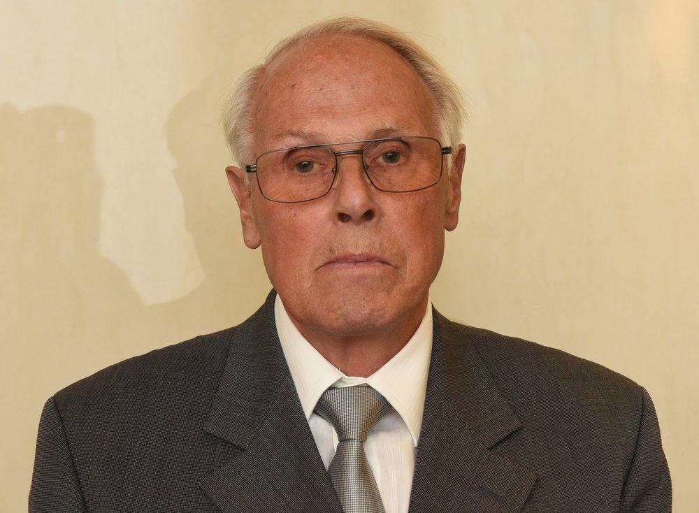 Dr. Siegbert Uhlig