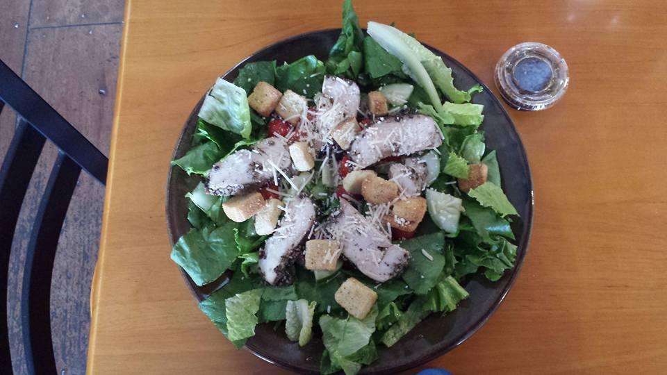 Garden Salad w:Chicken.jpg
