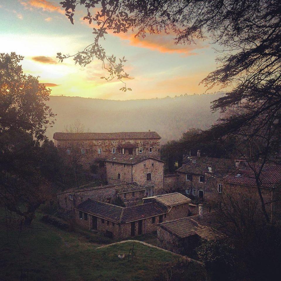 Sunrise at the Château de Malérargues. (photo: Luis Bellon)