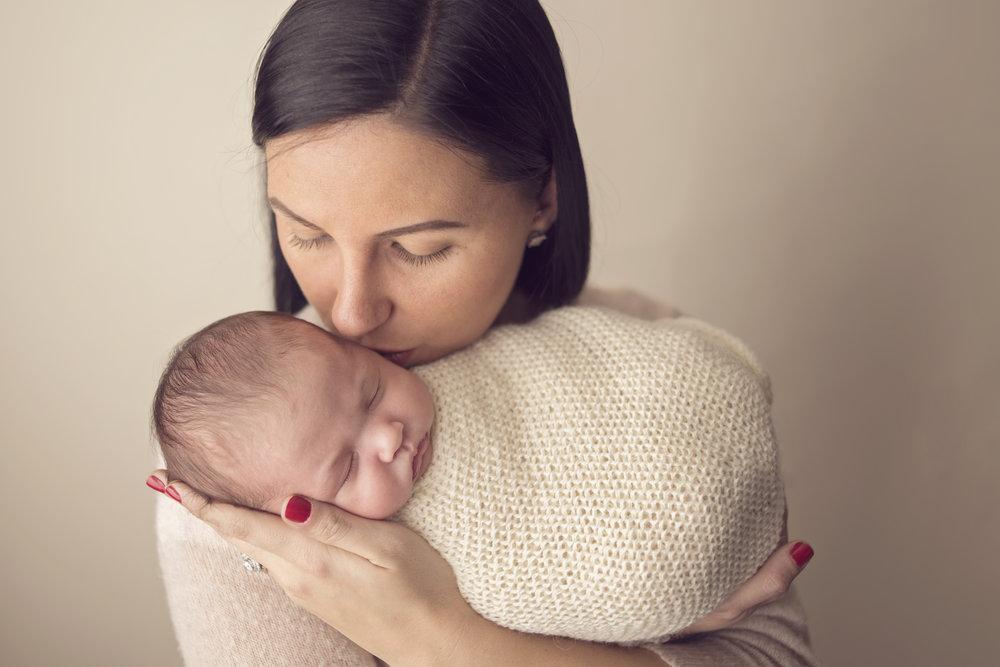 southern Maryland newborn photographer