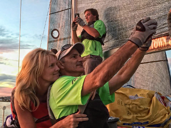 Sunset selfies for yachting social media
