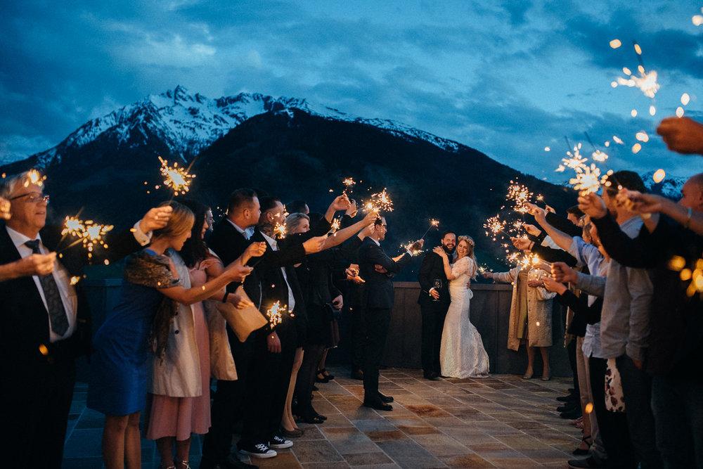 hochzeit-schloss-mittersill-heiraten-in-den-bergen-hochzeitsfotografin-mariagadringer-097-3.jpg