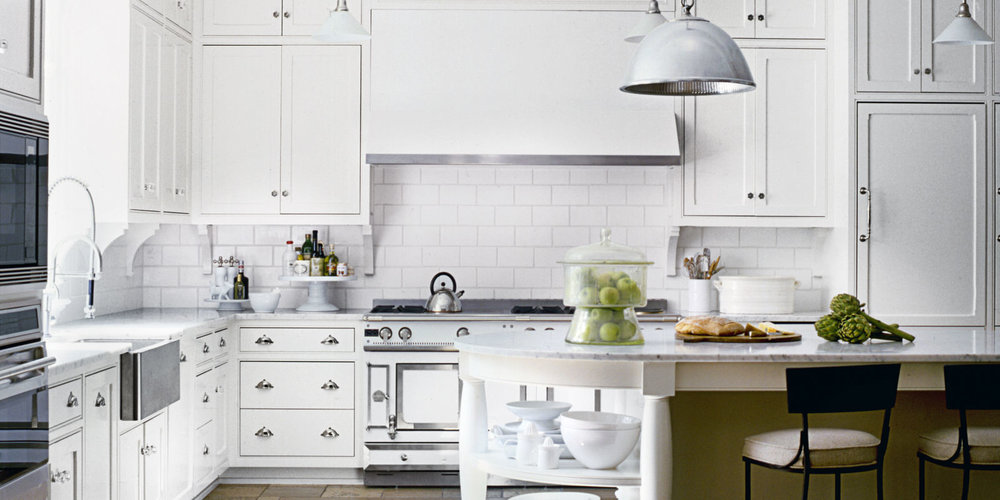 http://www.housebeautiful.com/room-decorating/kitchens/g3223/white-kitchen-ideas/