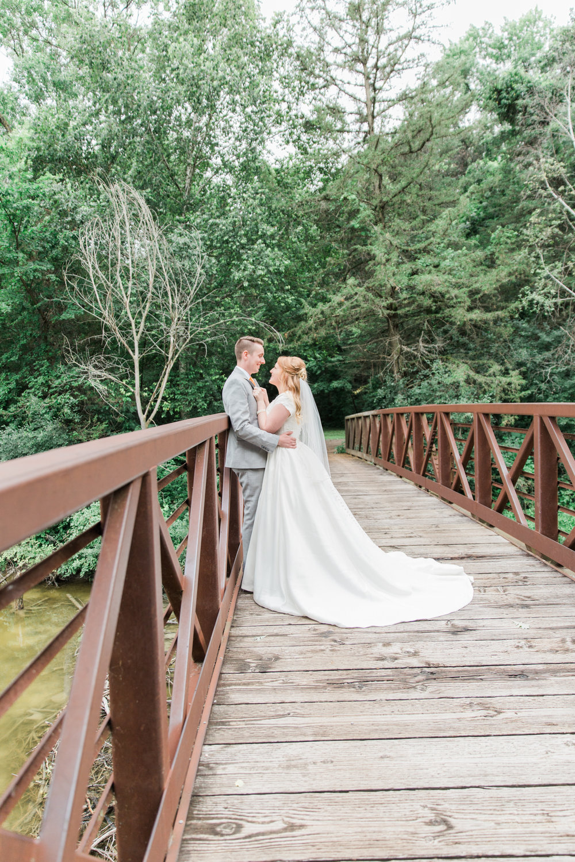 M Minnesota Wedding Photographer| Sierra & Jacob | LDS Photographer | Fine Art | Bridge |Eden & Me Photography