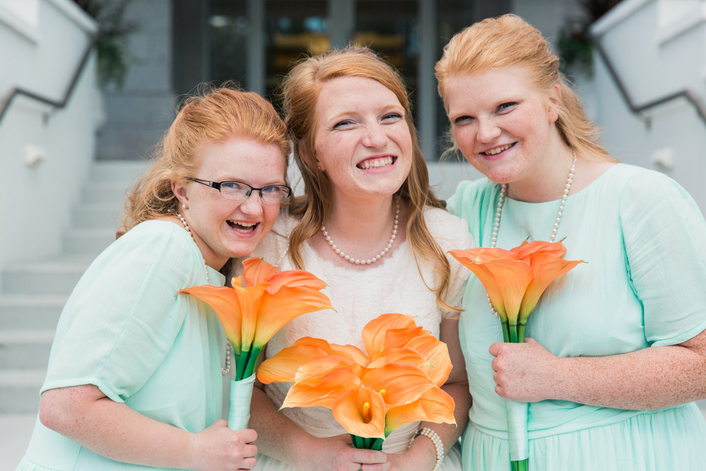 Minnesota Wedding Photographer| Sierra & Jacob | LDS Photographer | Fine Art | Bridesmaids |Eden & Me Photography