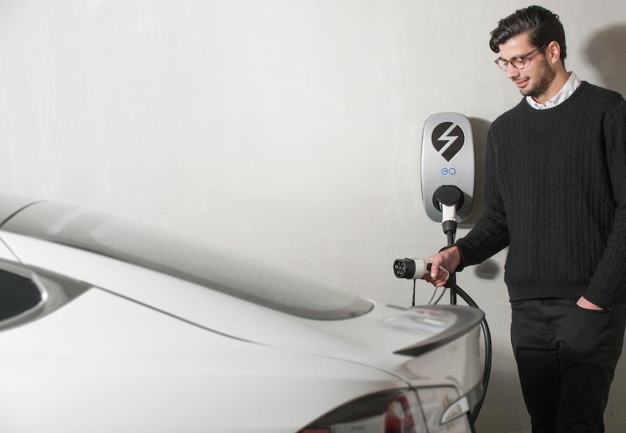 EO-Charging-Car.png