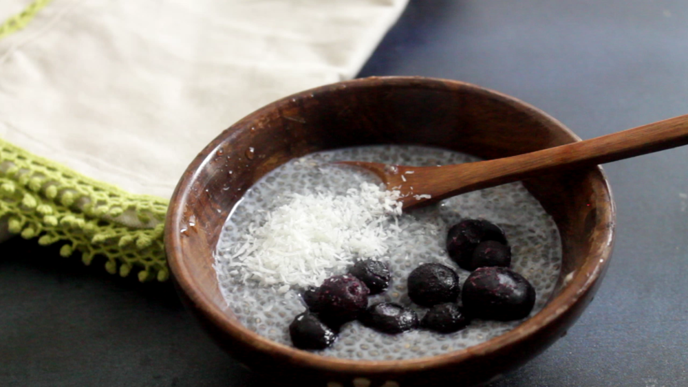 Blueberry chia seed pudding