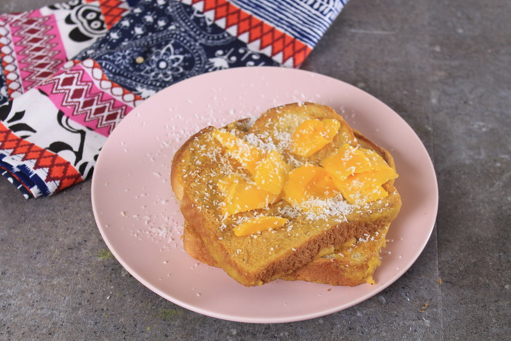 Mango Oats toast flavored with coconut
