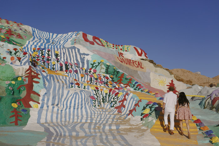 amandavanvels_salvationmountain_07