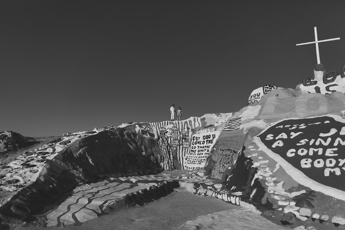 amandavanvels_salvationmountain_10