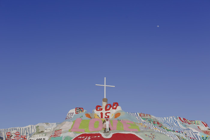 amandavanvels_salvationmountain_11