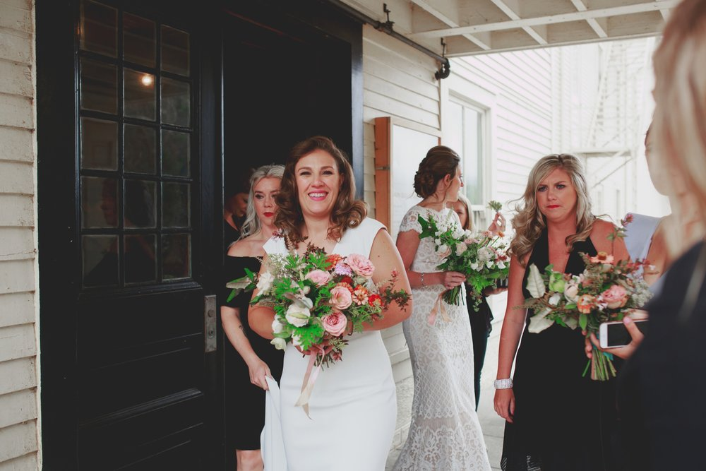 amandavanvels_headlands_center_wedding_san_francisco_039.jpg