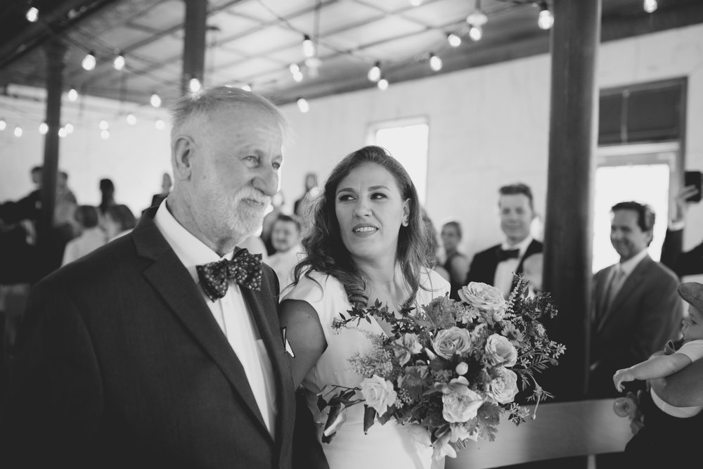 amandavanvels_headlands_center_wedding_san_francisco_091.jpg