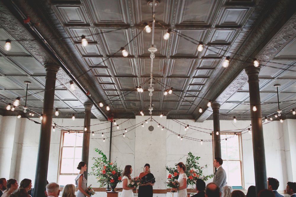 amandavanvels_headlands_center_wedding_san_francisco_096.jpg