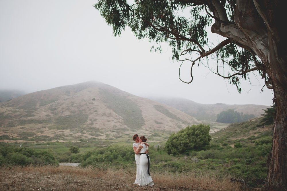 amandavanvels_headlands_center_wedding_san_francisco_196.jpg