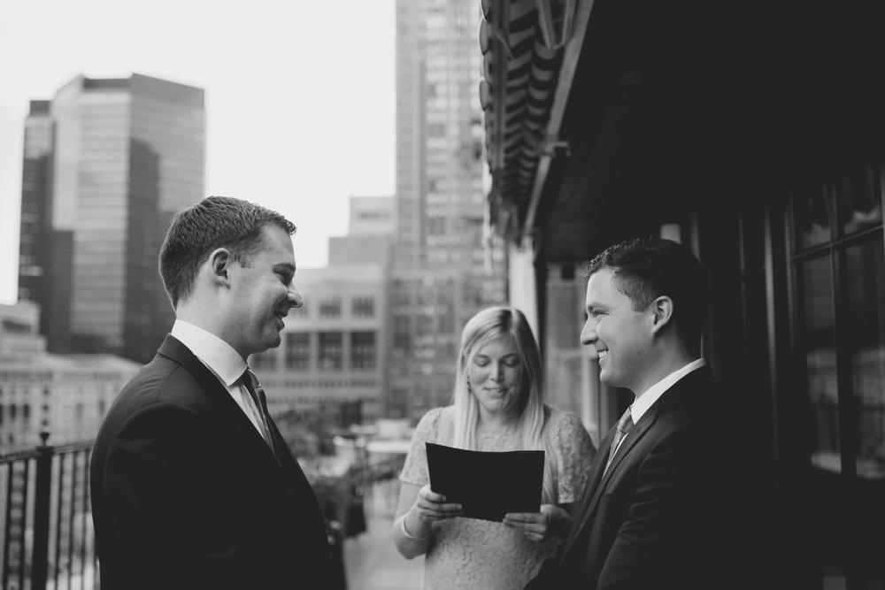 amanda_vanvels_new_york_lgbtq_gay_wedding_008.jpg