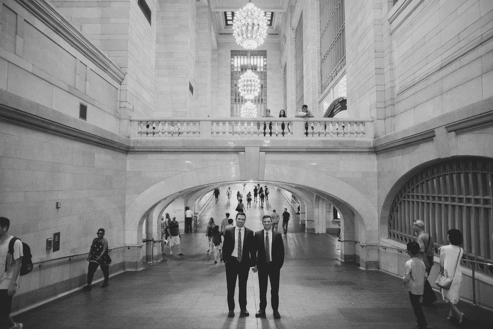 amanda_vanvels_new_york_lgbtq_gay_wedding_038.jpg