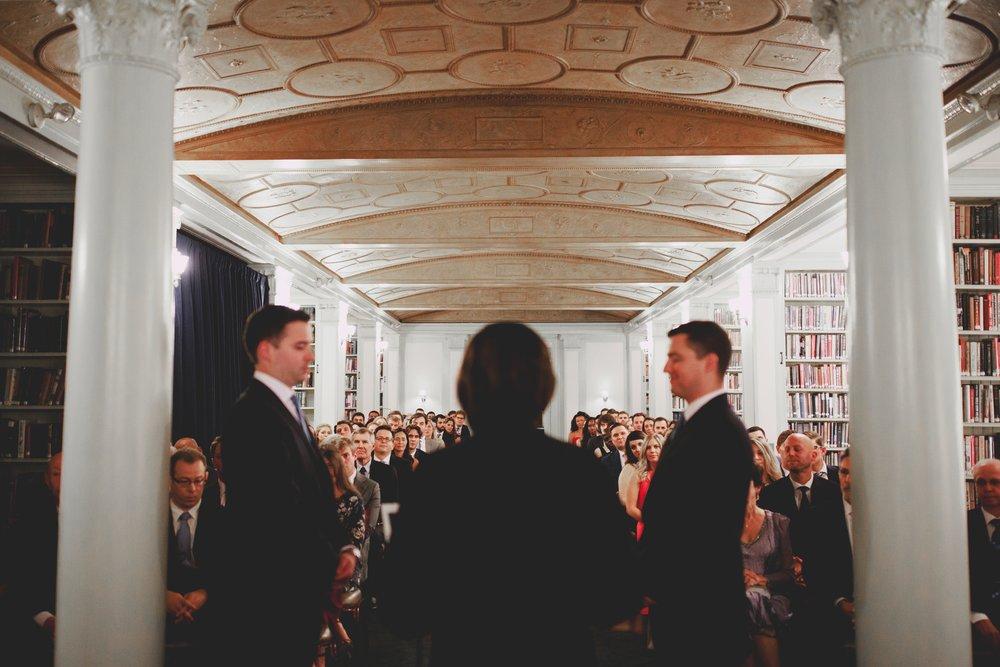 amanda_vanvels_new_york_lgbtq_gay_wedding_057.jpg