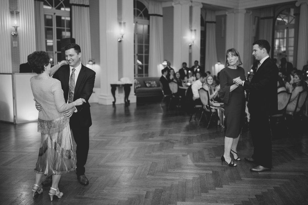 amanda_vanvels_new_york_lgbtq_gay_wedding_100.jpg