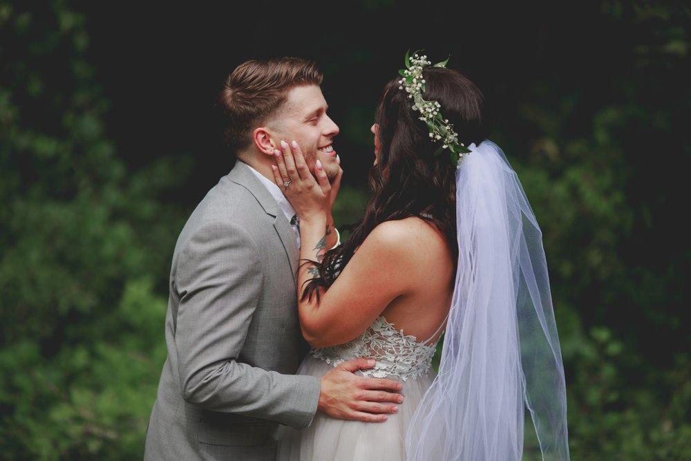 amanda_vanvels_michigan_camp_wedding_022.jpg