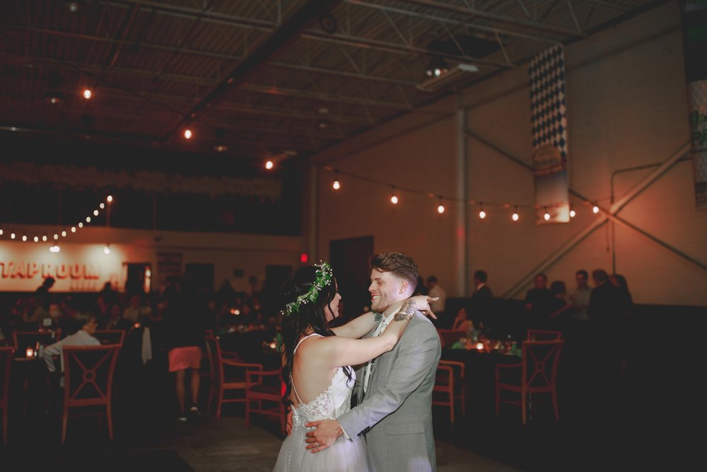amanda_vanvels_michigan_camp_wedding_168.jpg