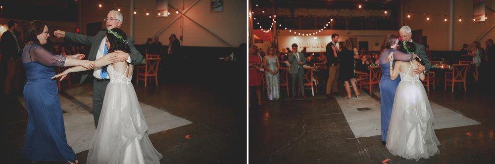 amanda_vanvels_michigan_camp_wedding_176.jpg