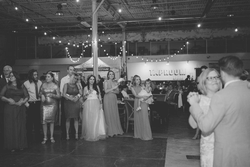 amanda_vanvels_michigan_camp_wedding_181.jpg