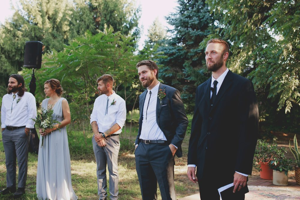 amanda_vanvels_grand_rapids_farm_barn_wedding_054.jpg