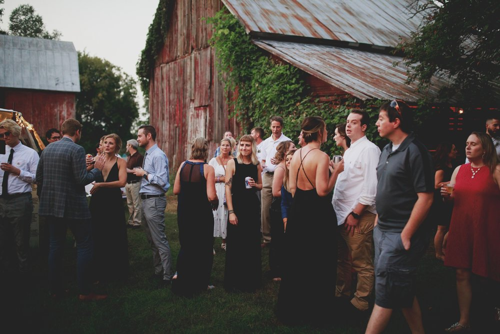 amanda_vanvels_grand_rapids_farm_barn_wedding_134.jpg