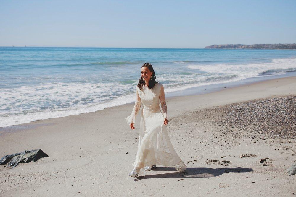 amanda_vanvels_san_onofre_wedding_eco_friendly_019.jpg