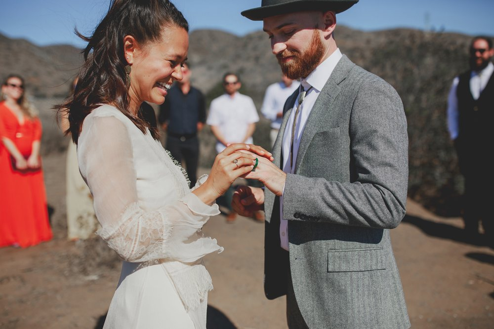 amanda_vanvels_san_onofre_wedding_eco_friendly_052.jpg