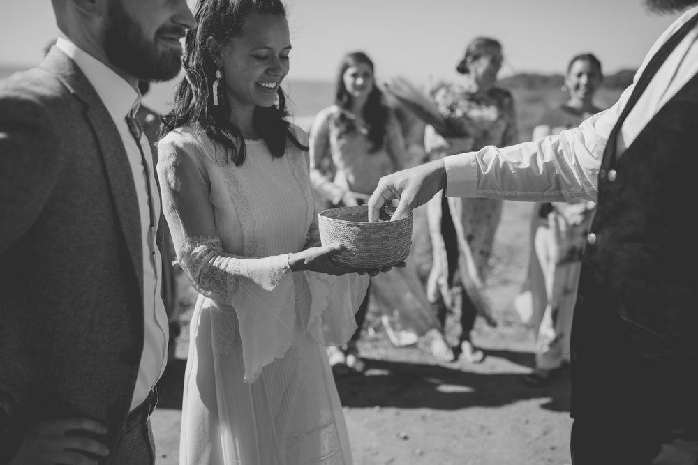 amanda_vanvels_san_onofre_wedding_eco_friendly_054.jpg