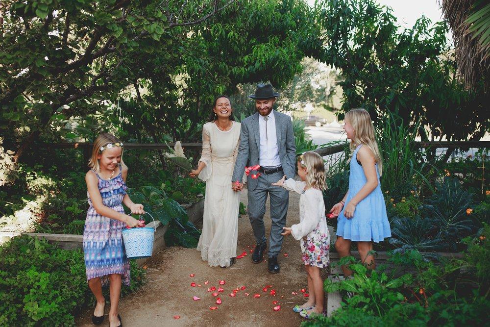 amanda_vanvels_san_onofre_wedding_eco_friendly_113.jpg