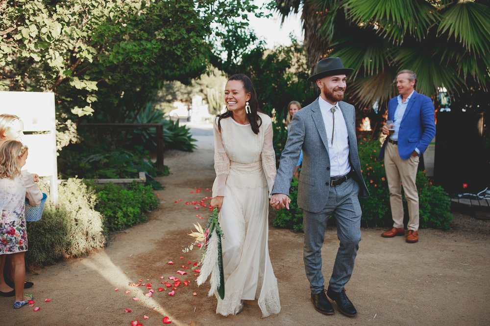amanda_vanvels_san_onofre_wedding_eco_friendly_116.jpg