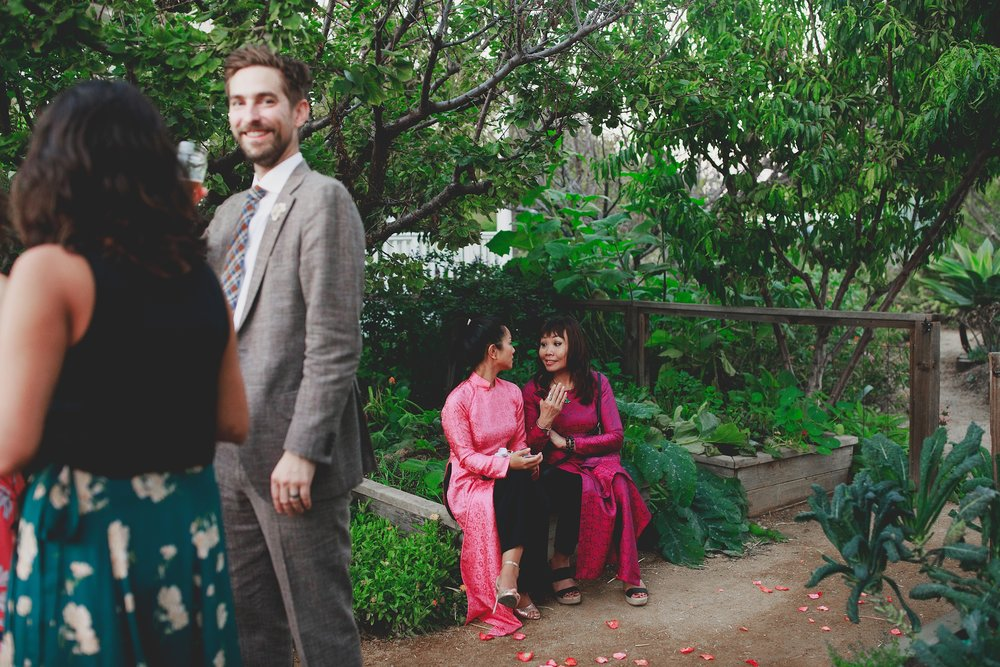 amanda_vanvels_san_onofre_wedding_eco_friendly_160.jpg