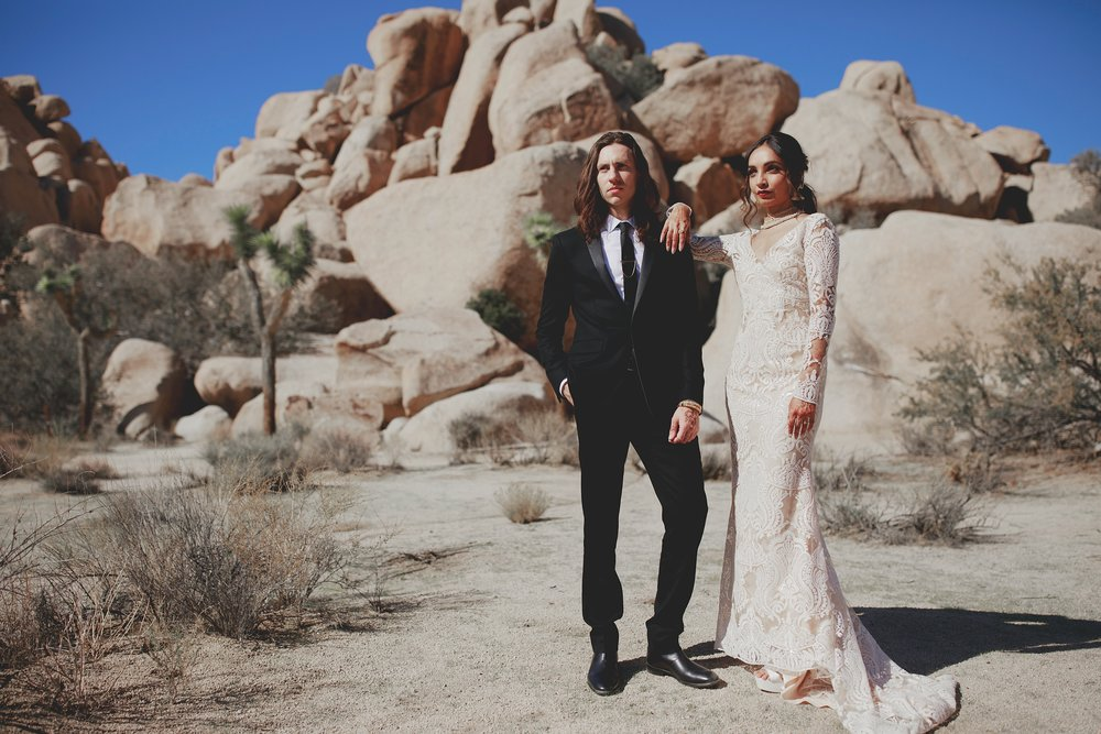 amanda_vanvels_joshua_tree_inn_wedding_049.jpg