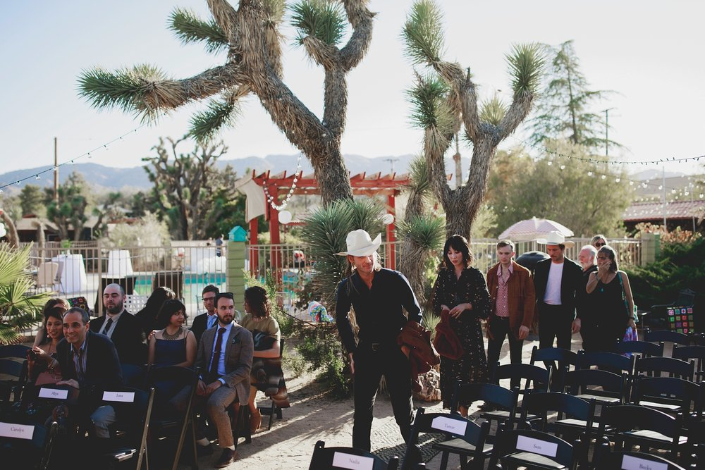 amanda_vanvels_joshua_tree_inn_wedding_068.jpg