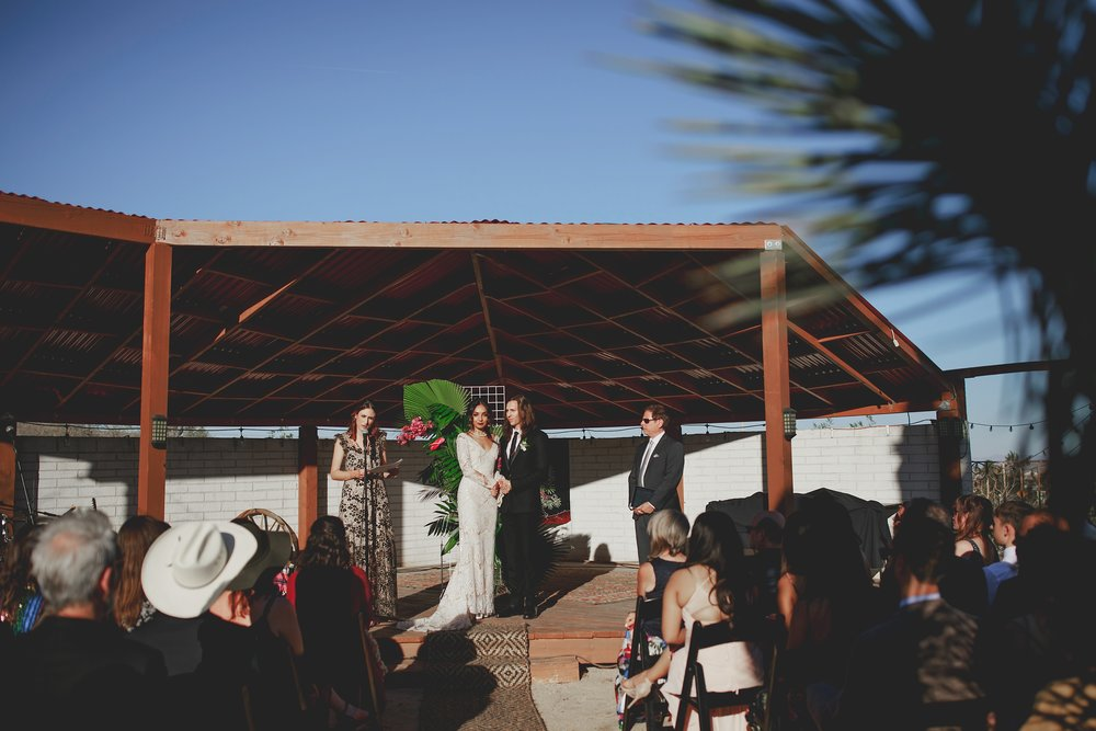 amanda_vanvels_joshua_tree_inn_wedding_075.jpg