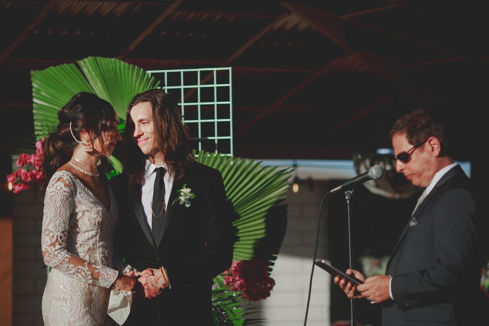 amanda_vanvels_joshua_tree_inn_wedding_084.jpg