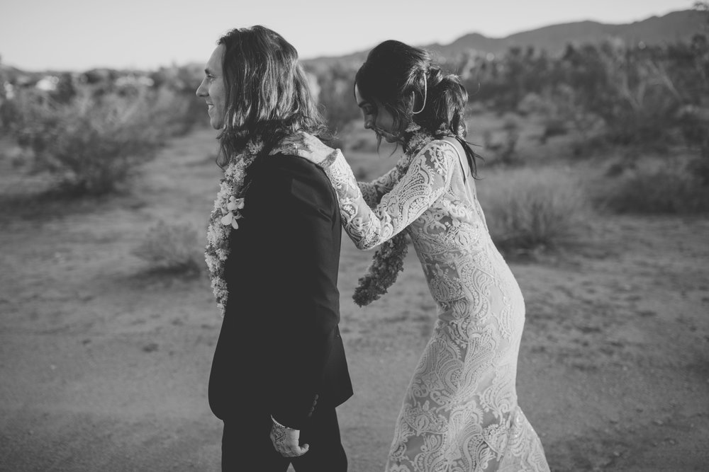 amanda_vanvels_joshua_tree_inn_wedding_132.jpg