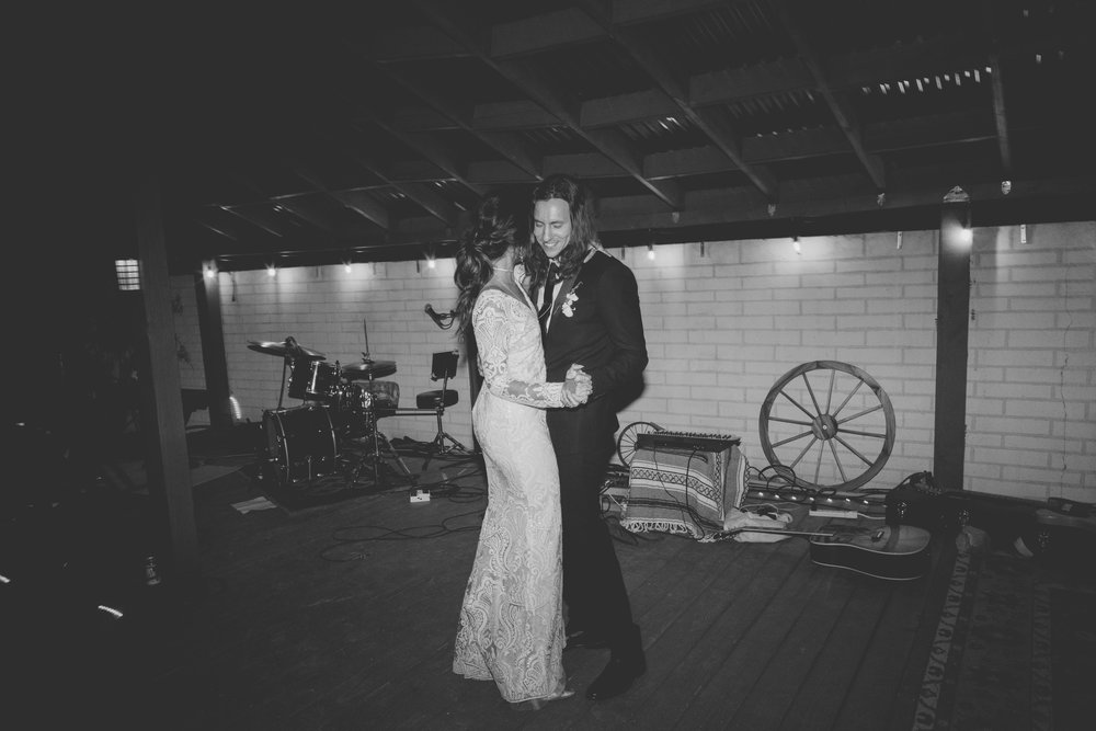 amanda_vanvels_joshua_tree_inn_wedding_193.jpg