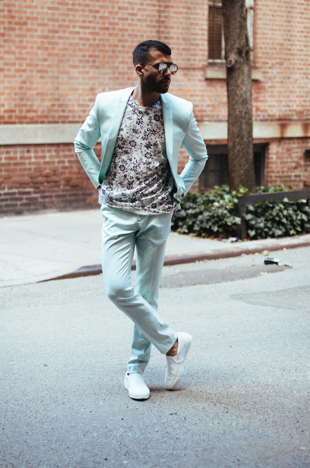 3 Ways To Wear A Mint Green Suit — KEVIN BENEJAM