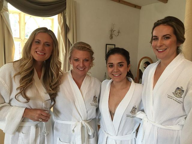 Team bridesmaid! Lovely day yesterday making up these gorgeous ladies at Auchnagairn Castle 💋