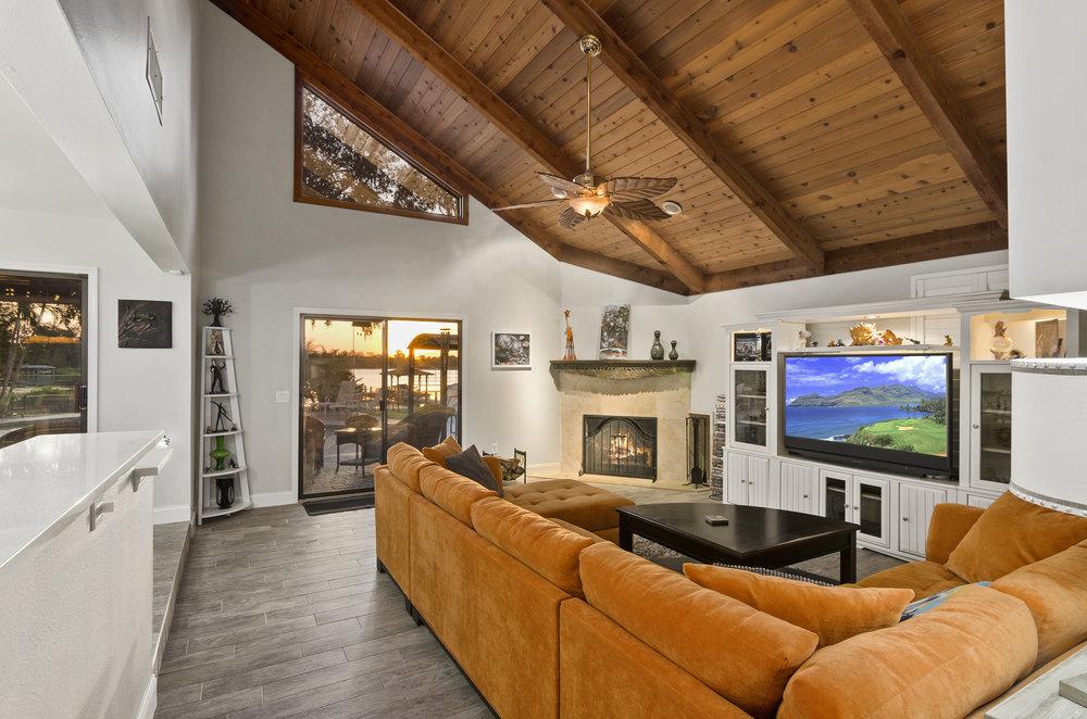 Living Room 1A-3 2.jpg