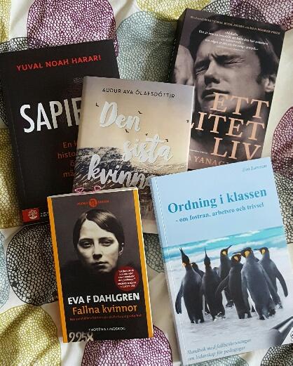 Givetvis också obligatoriska bokköp. Böcker gör definitivt livet mer spännande och lärorikt, tycker jag iallafall.
