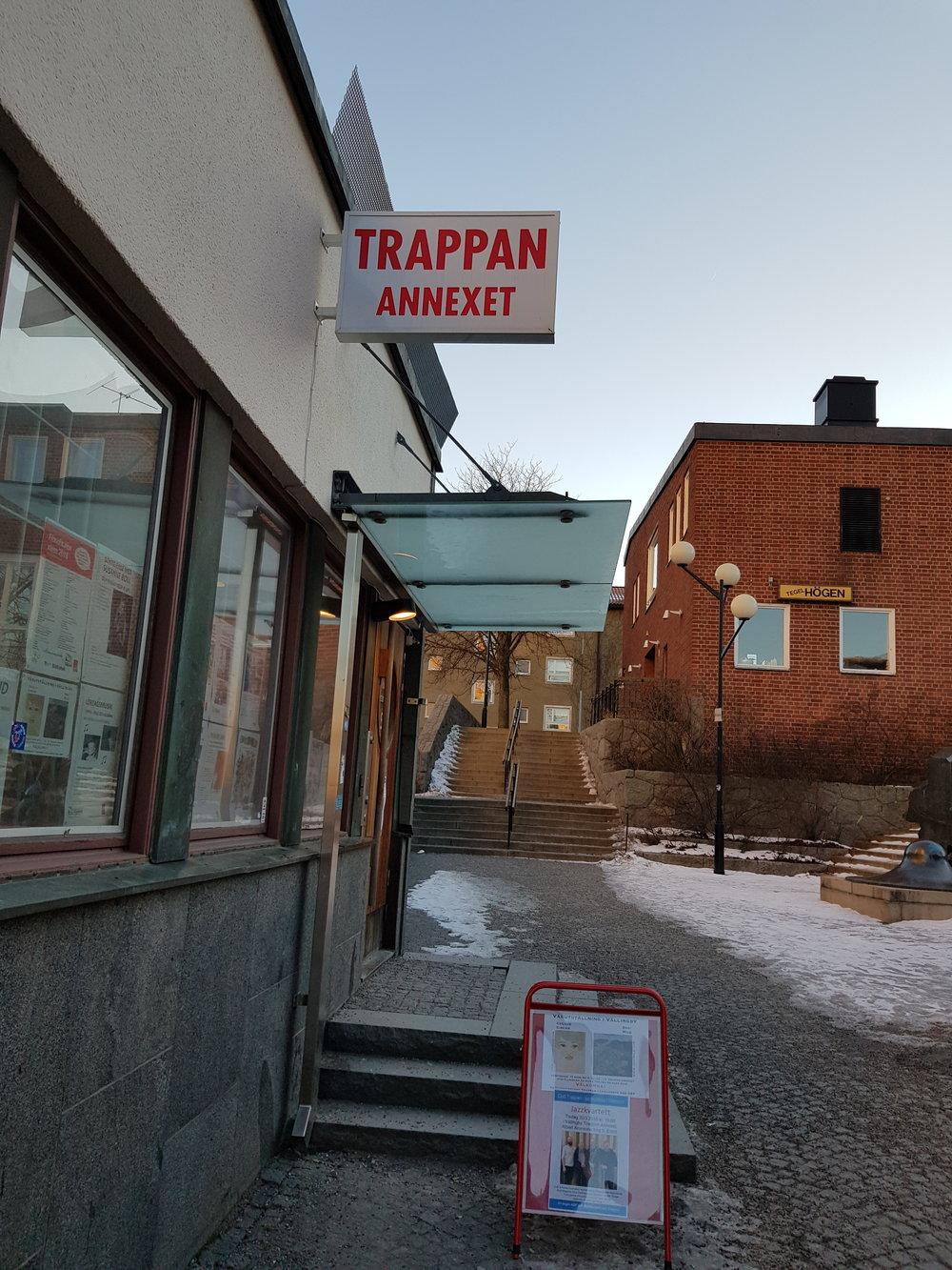 Entrén till utställningen - Trappan/Annexet i Vällingby