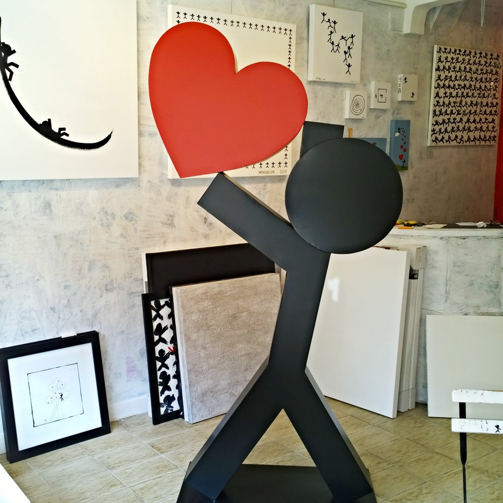 I love you   Metal sculpture realized by Remy Diaz on the design of Oliver Henggeler
