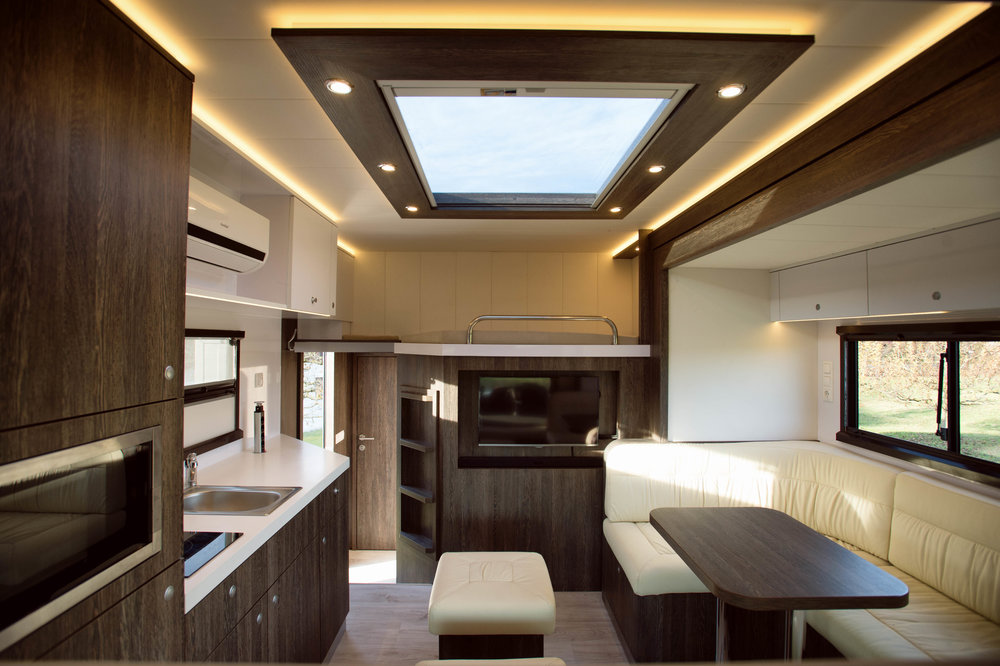 Brown Actros AnikoTowersPhoto Screen Res-33.jpg