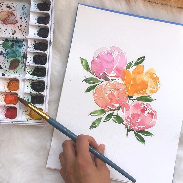It's been a few weeks since I've practiced #floralwatercolor. Today I decided to go for a bolder look. What do y'all think? ✨💐 Also #NewYorkers who are interested in learning, I teach beginner workshops at @craftjam.co! 💖 #showmeyourflorals