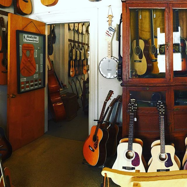 COLLECTOR, PROFESSIONAL,or BEGINNER? Either way, come on in, play, or give us a call #collector #guitarplayer #instrument #instrumentcollector #gibson #banjo #instrument #acoustic